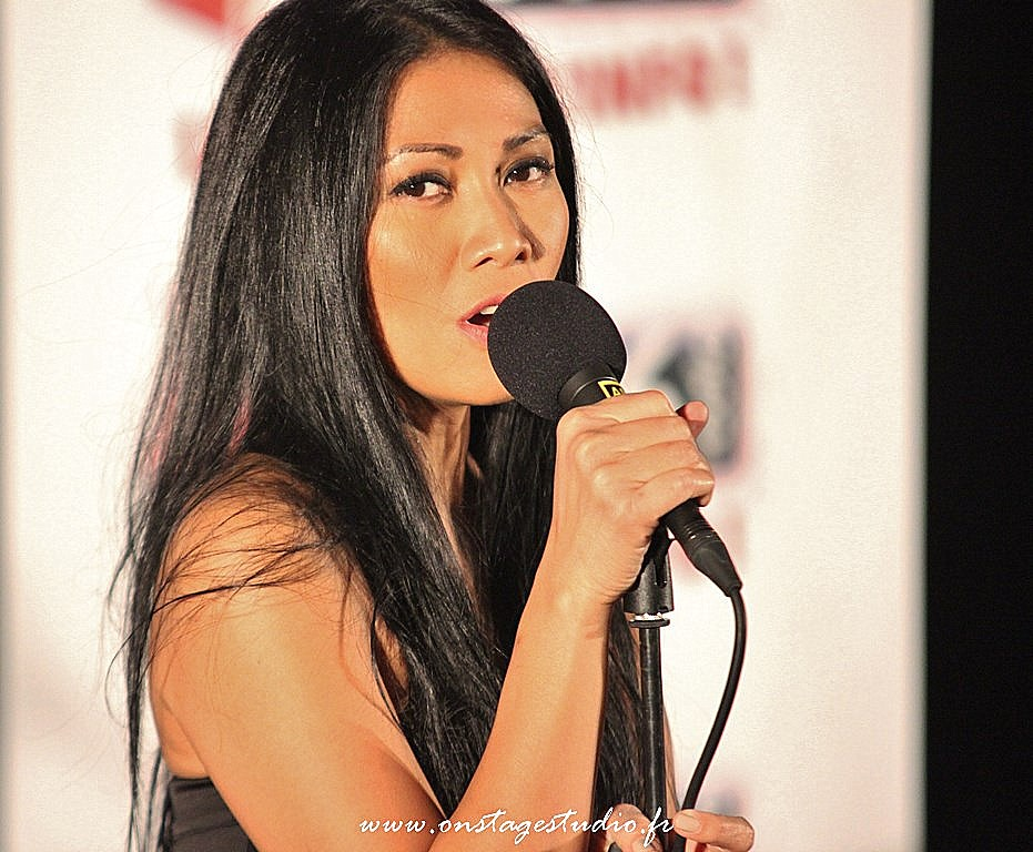 6 - Showcase Anggun