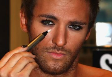 MAQUILLAGE POUR HOMME !